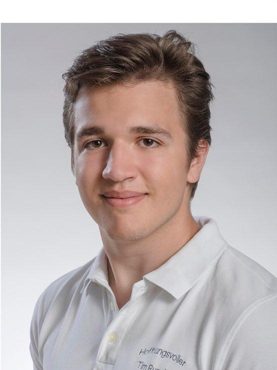 Zahnarzt Tim Ruscher